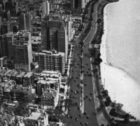 Lake Shore Drive, Chicago, 1929. From the Stanolind Record, a Standard Oil publication. Midwest MS Barrett-Sandburg: Box 3, Folder 38 (Series 3: Miscellaneous).