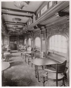 Interior of Pullman lounge car.  Pullman 13/01/01, box 16, folder 723.